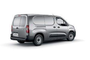 new-peugeot-partner-van-commercials-on-sale-aldershot-hampshire-13
