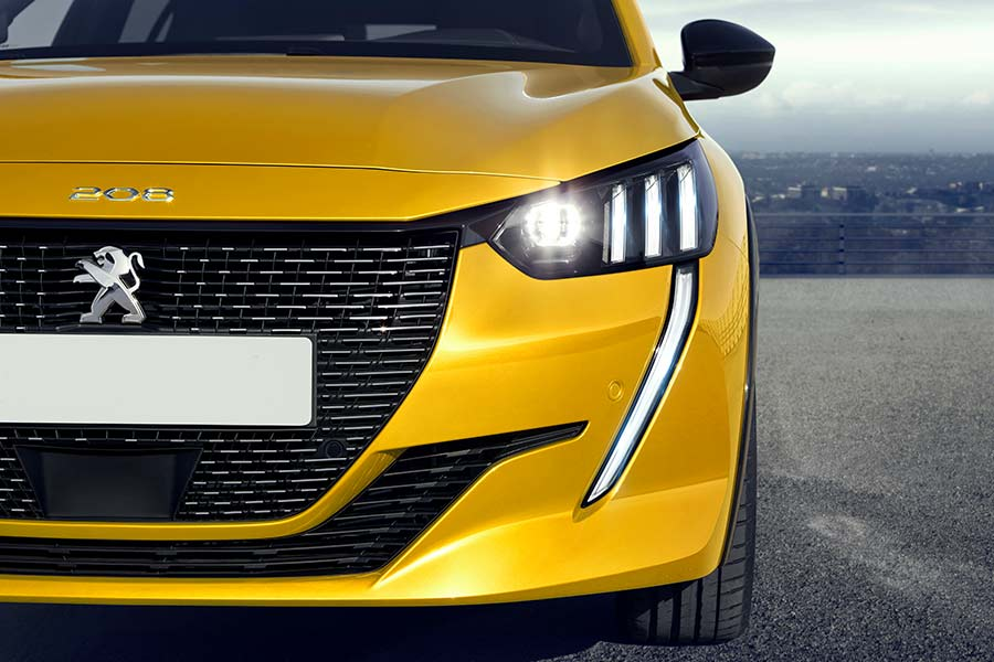 new-peugeot-208-car-sales-bold-and-daring