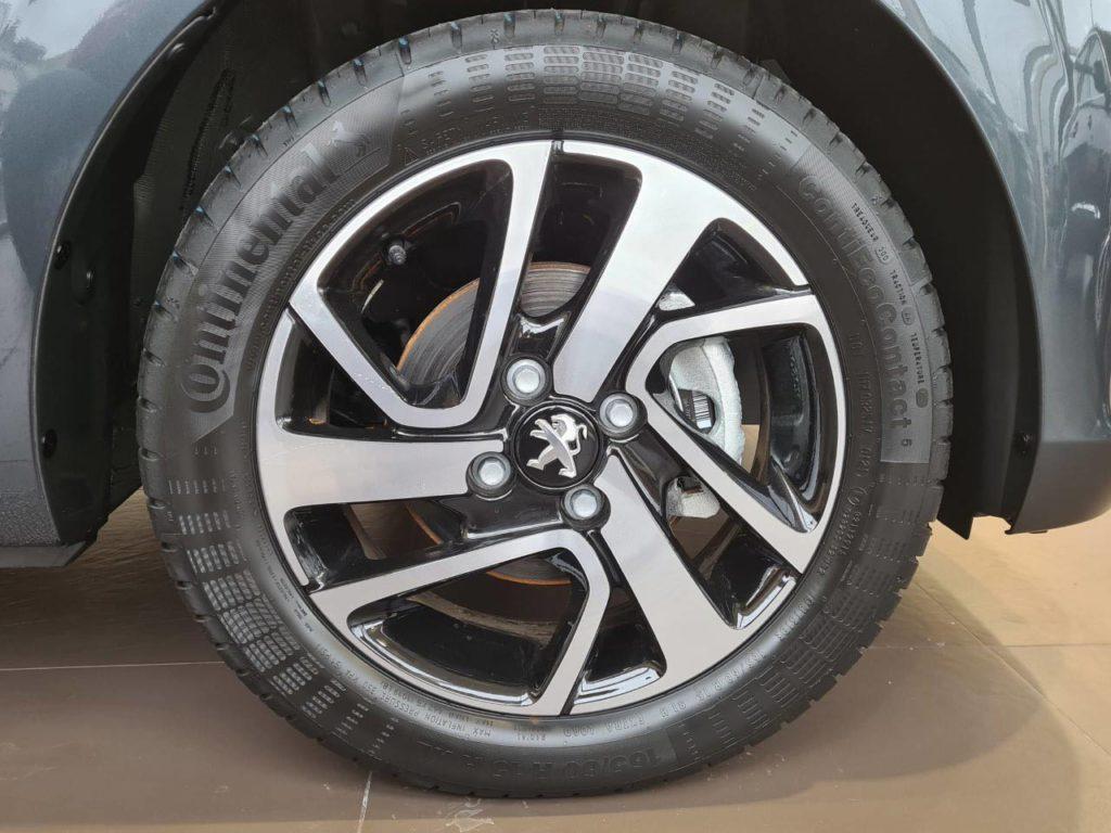 peugeot-108-carbon-grey-2