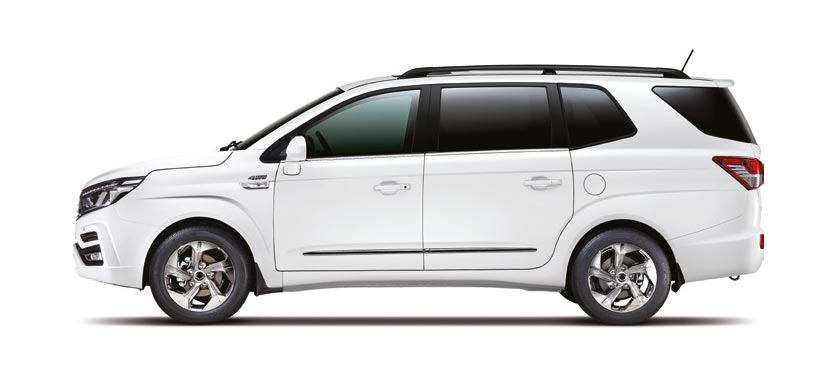 new-ssangyong-turismo-seven-seat-mpv-new-car-sales-at-reading-berkshire