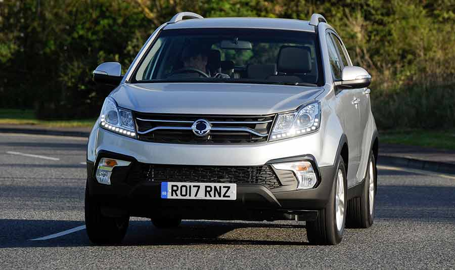 ssangyong-korando-features-gallery-image-reading-berkshire-6-my17