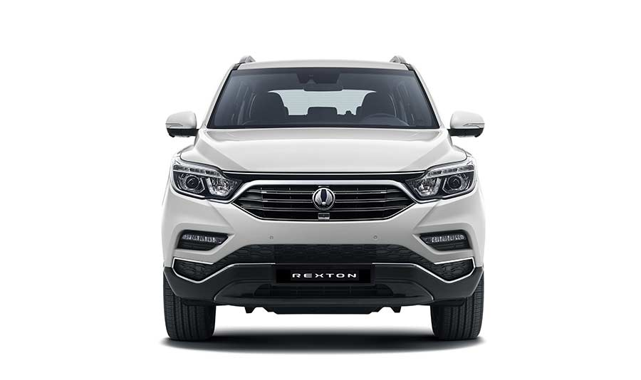 new-ssangyong-rexton-suv-2017-seven-seater-charters-reading-berkshire-gallery-11