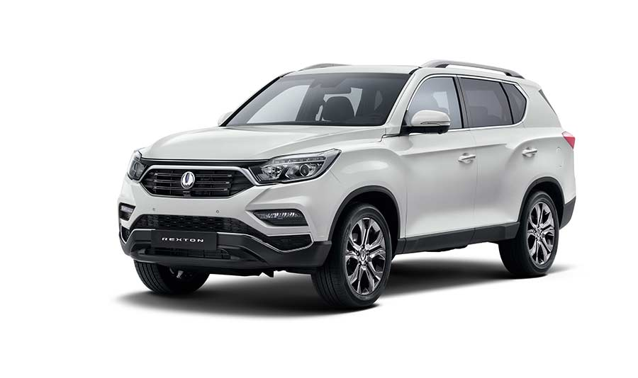 new-ssangyong-rexton-suv-2017-seven-seater-charters-reading-berkshire-gallery-9