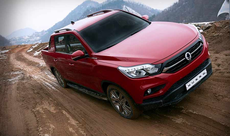 new-ssangyong-musso-pickup-2018-car-sales-charters-ssangyong-reading-berkshire-gallery-image-6