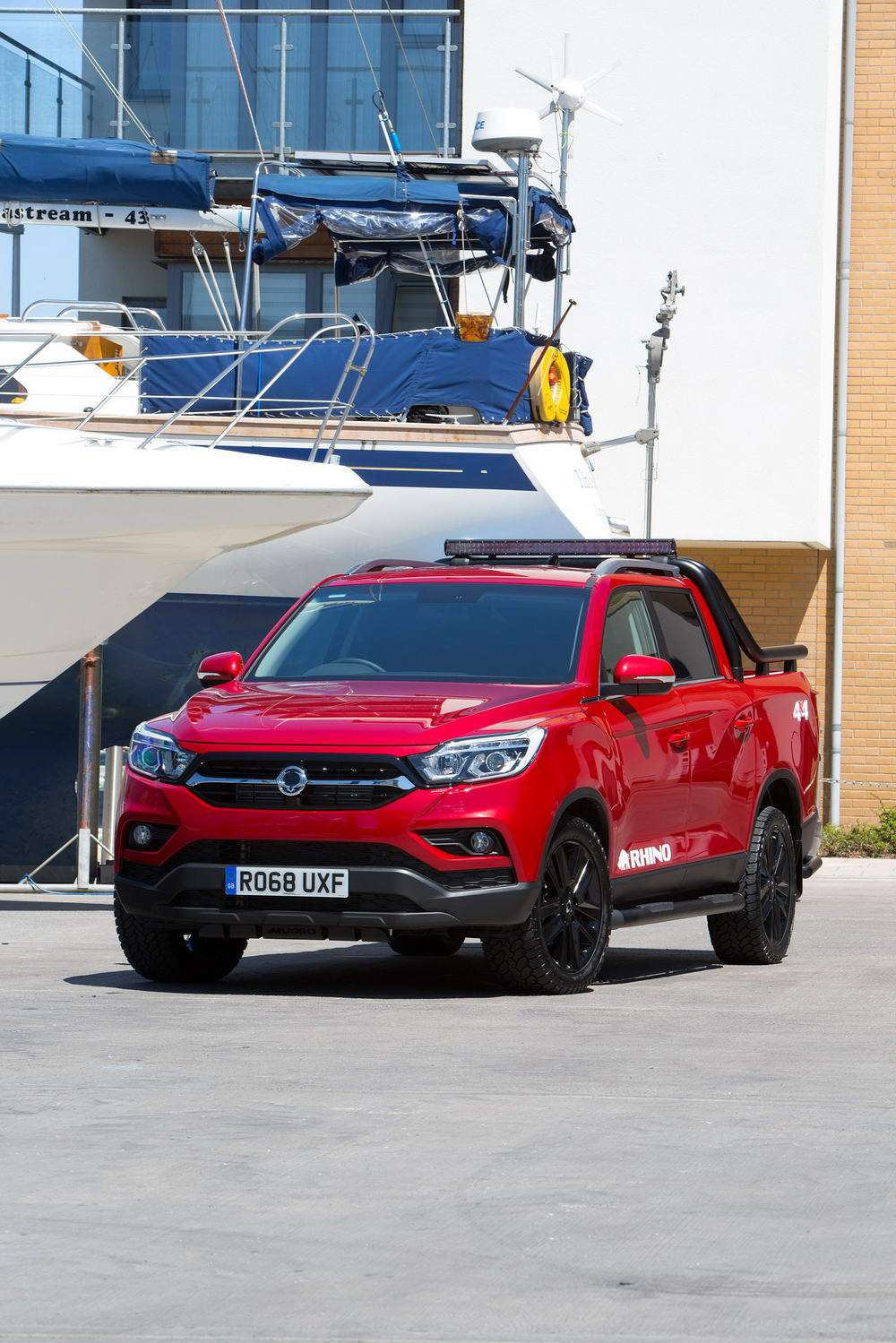 new-ssangyong-musso-pickup-2018-charters-reading-052