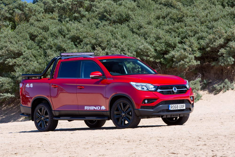 new-ssangyong-musso-pickup-2018-charters-reading-055