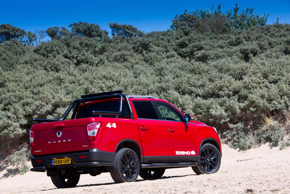 new-ssangyong-musso-pickup-2018-charters-reading-059