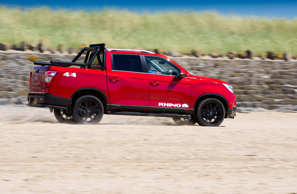 new-ssangyong-musso-pickup-2018-charters-reading-062
