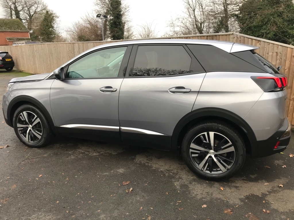 2018 peugeot 3008 used car | £19750 | charters of reading