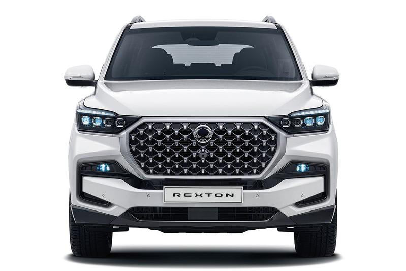 new-ssangyong-rexton-suv-front-profile