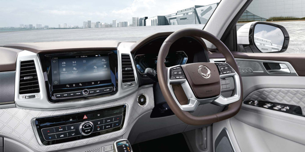 new-ssangyong-rexton-suv-interior-dashboard