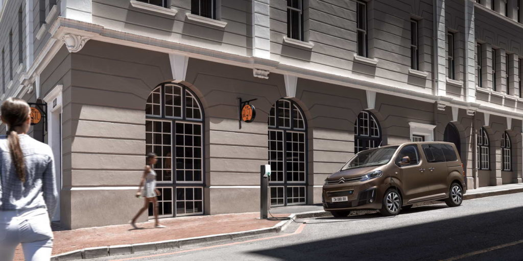 new-citroen-e-spacetourer-all-electric-plugged-in
